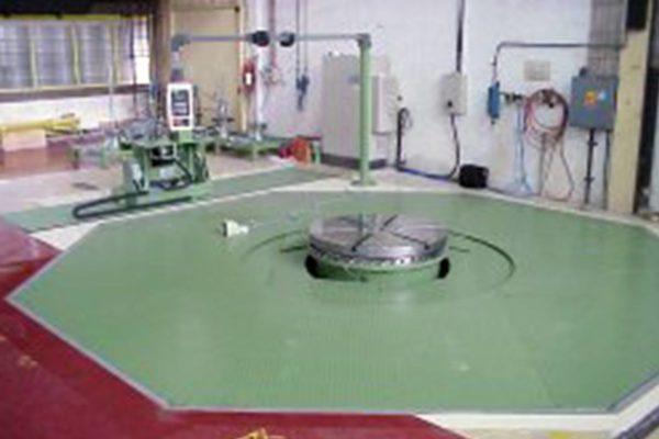 Work platform / mounting platform for power transformer coils